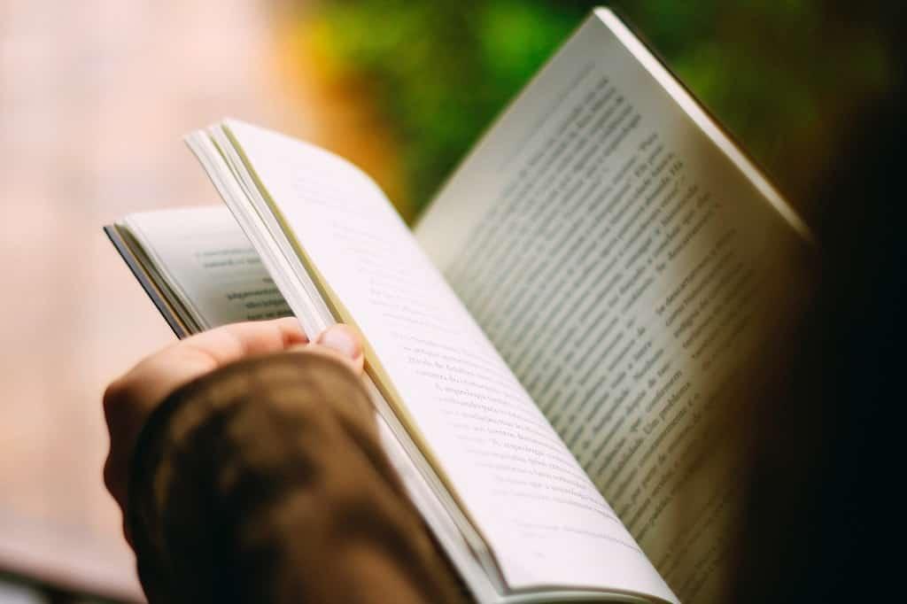 book open min